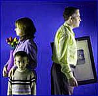 Cada año, 25.000 niños son inducidos por un progenitor a odiar al otro